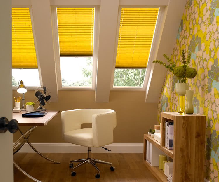 pleated blinds concertina blinds from thomas sanderson. Black Bedroom Furniture Sets. Home Design Ideas