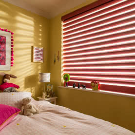Red blinds in children's bedroom